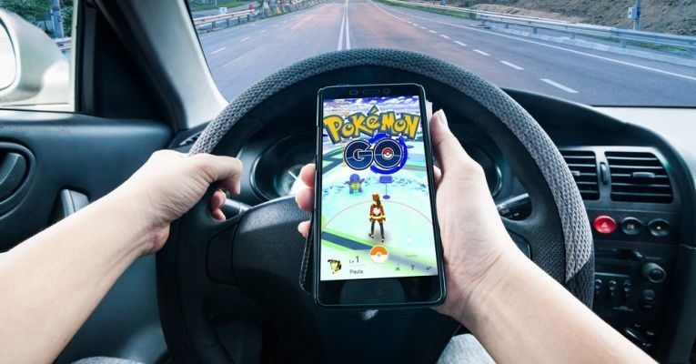 playing Pokemon Go while driving